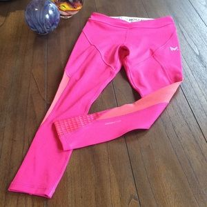 Mission VaporActive Radiate Crop Leggings